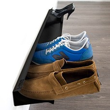 horizontal shoe rack black