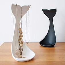 whale necklace stand