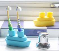 boat toothbrush holders