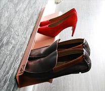 horizontal shoe rack copper 700mm