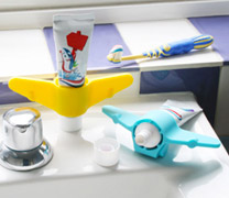 plane toothpaste holder